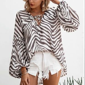 🆕🦓CHIFFON ZEBRA PRINT BISHOP SLEEVE BLOUSE🦓
